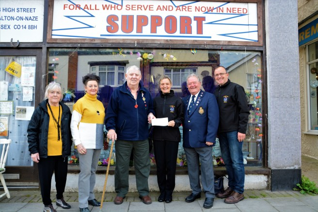 Walton British Legion Cheque for band 2.5.19